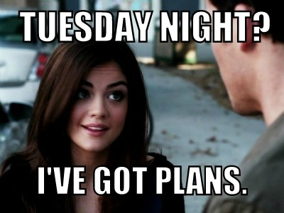 pretty-little-liars-aria-tuesday-nights